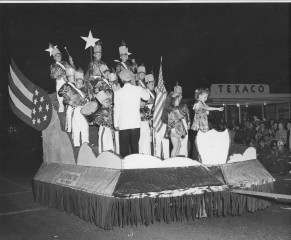 The First Mother Goose Parade in 1946